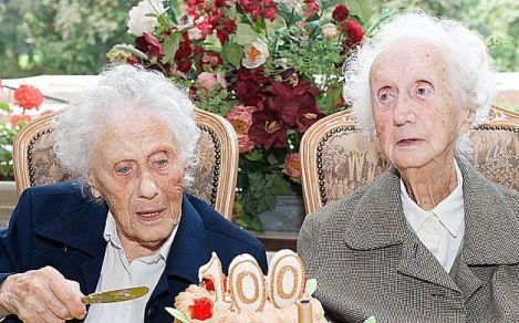 duas velhas
